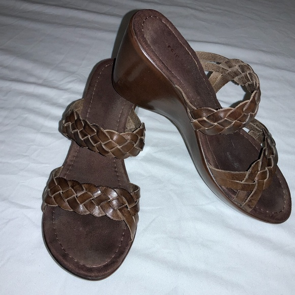 Predictions Sandals Wedge Braided Leather